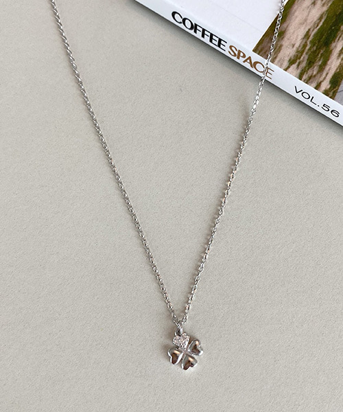 clover necklace (silver 92.5)
